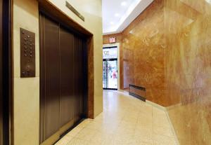 37 West 37th Street, New York, NY